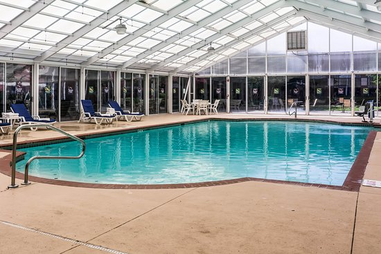 Sleep Inn Lake Wright - Norfolk Airport: Pool
