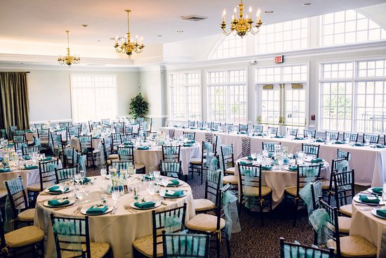Woodbridge, VA: Main banquet room set up for wedding reception