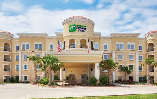 Holiday Inn Express Lufkin South: Hotel Exterior