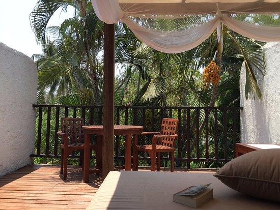 Evason Hua Hin : Day bed at balcony