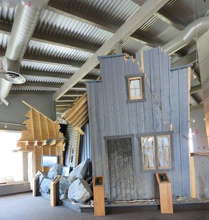 Краузнест-Пасс, Канада: Frank slide interpretive center