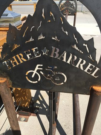 ‪Three Barrel Brewing Co‬