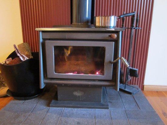 Wyberba, Australia: Fireplace