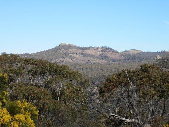 Wyberba, Australia: Girraween