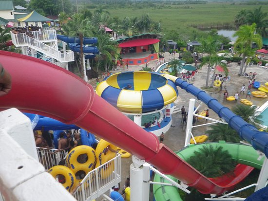 My boyfriend in the blue slide making his way down picture of kool kool runnings water park my boyfriend in the blue slide making his way down publicscrutiny Images