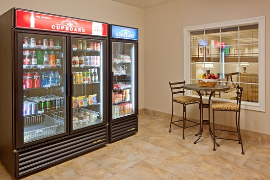 Candlewood Suites Houston, The Woodlands: Candlewood Cupboard--breakfast, lunch, dinner, we have it all.