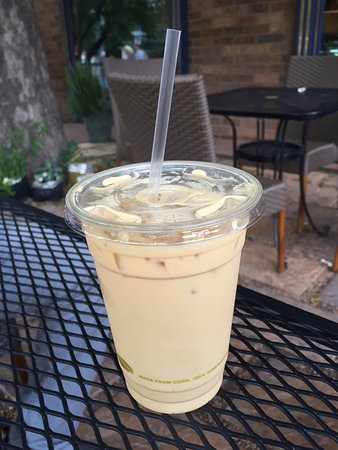 Victoria's Espresso Wine Bar: Iced Latte