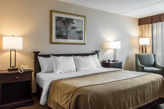 Denver, PA: King room
