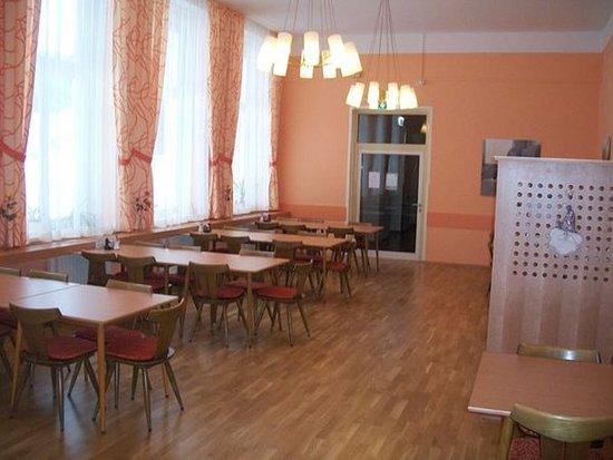 JUFA Hotel Semmering: dining room Schloss Sommerau