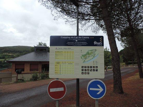 Lissac-sur-Couze, France: L'entrée du site.