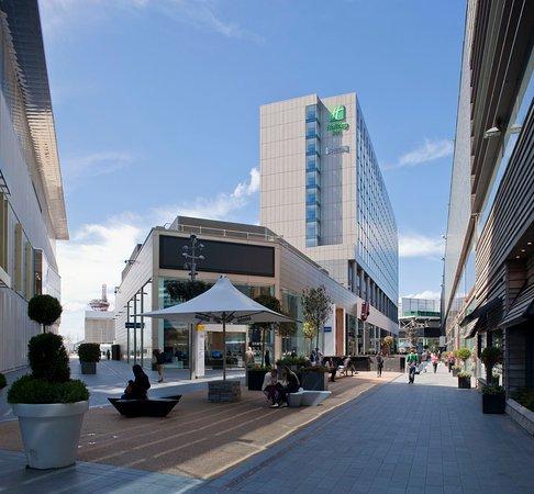 Staybridge Suites London-Stratford City: Welcome to the Staybridge Suites London- Stratford City