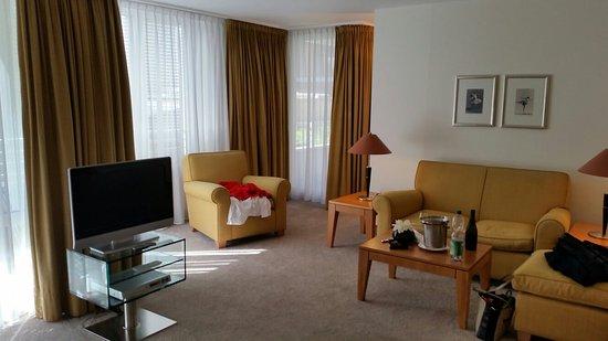 The Mandala Hotel: 20160826_150803_large.jpg