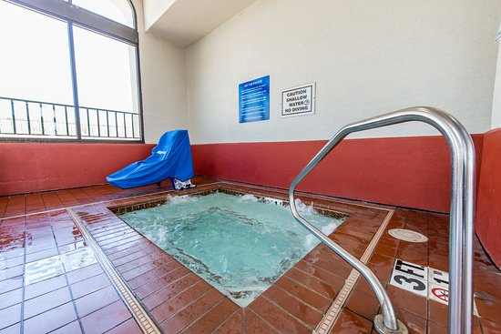 Quality Inn South: Pool