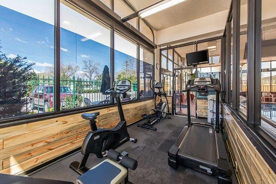 Quality Inn South: Fitness center