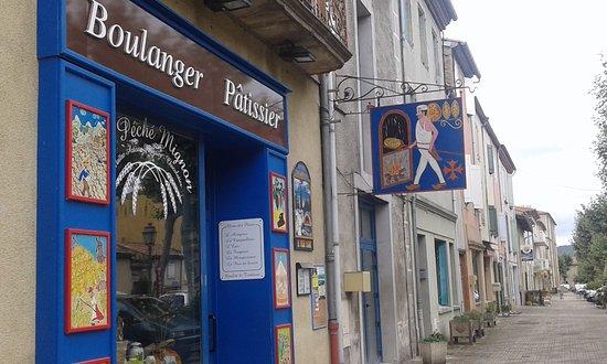 Mirepoix, Prancis: en dehors de la place
