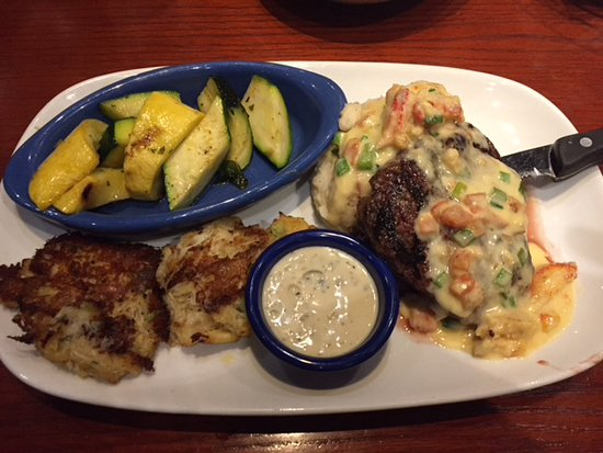 Red Lobster Crab Cakes Review