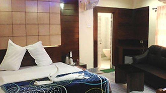 Hotel Meera International