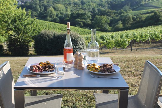 Château Soucherie : Our private dinner in the vineyard