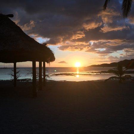 Plantation Island Resort: sunset