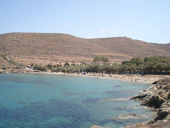 Poseidonia, Grèce : ΕΣΕΙΣ Κ ΤΟ ΑΙΓΑΙΟ...