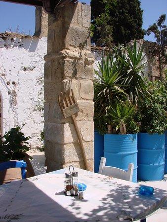 Maroulas, Greece: terrasse