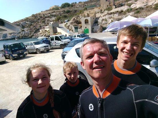 Munxar, มอลตา: Diving at Mgarr iX Xini