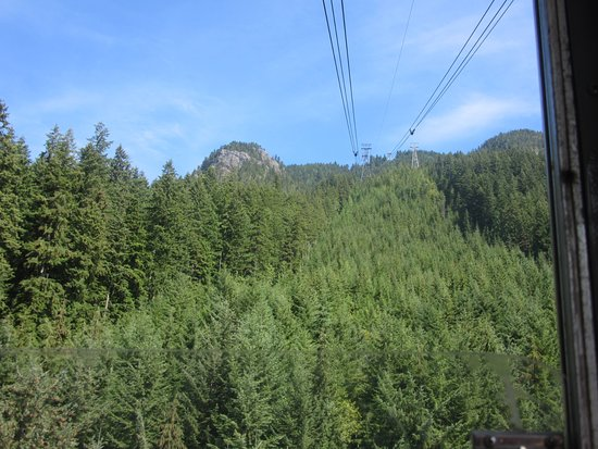 North Vancouver, Kanada: Going up in the sky ride