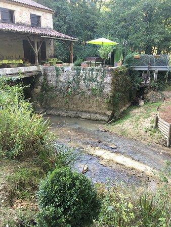 Grateloup-Saint-Gayrand, ฝรั่งเศส: Moulin de Rocquebert
