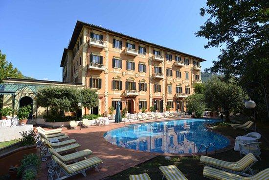 Grand hotel bellavista palace montecatini terme italie - Piscine termali montecatini ...