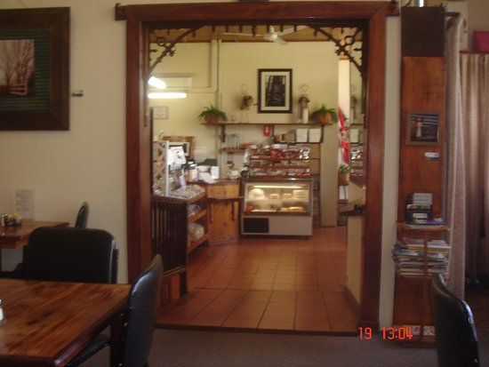 Corryong, Australia: Ramp into inside dinning room