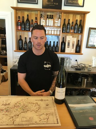 Waiheke Island, New Zealand: our wine expert