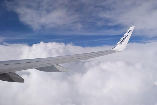 Ryanair: BRU to DUB