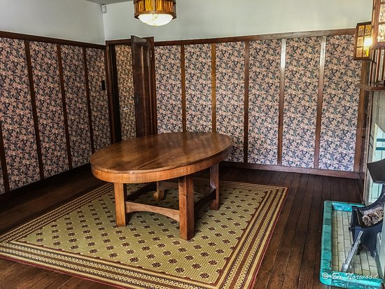 Exceptional 78 Derngate: The Dining Room