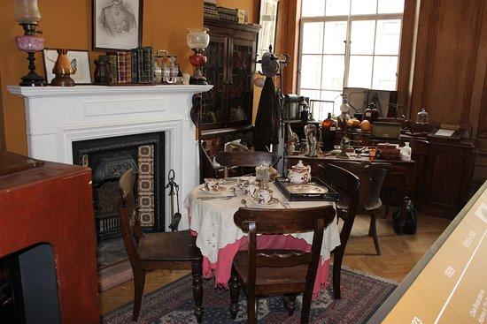 The London Film Museum - South Bank: комната Шерлока Холмса из британской версии сериала