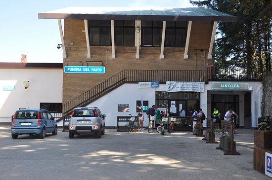 Panorama dalla cabina picture of funivia del monte faito for Monte alloro affitti di cabina