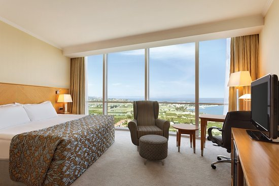 Wyndham Grand Izmir Ozdilek : City View Club Room