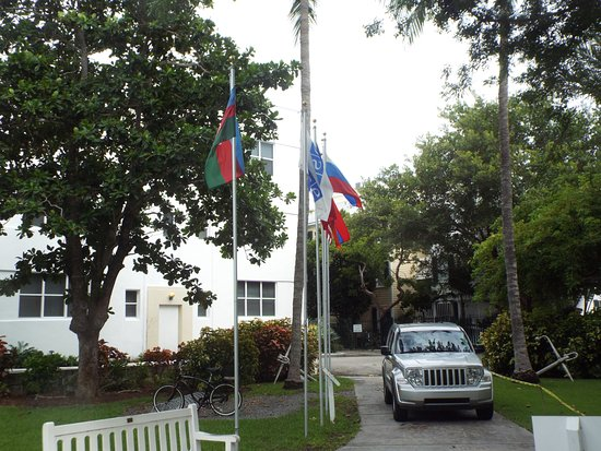 Harry S. Truman Little White House: Flags from Peace negotiations with Colin Powell