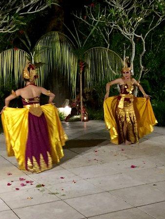 Kemiri: Full Moon Dancers