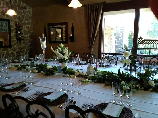 Coarsegold, CA: Beautiful setting at the Blue Heron's Summer Chef Table Dinner.