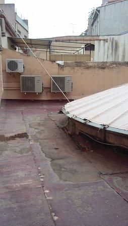 La jolie cour photo de hotel d 39 angleterre salon de - Hotel d angleterre salon de provence ...