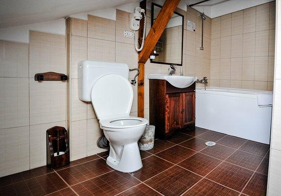 Villa Barrio: Bathroom