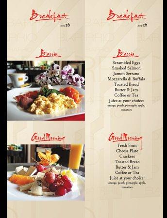 Villa Barrio: Breakfast