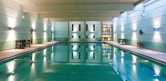 The Weybridge Spa Swimming Pool Picture Of Bannatyne Health Club Spa Weybridge