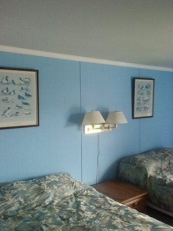 Callao, VA: clean comfortable rooms with many personal touches