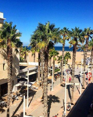 Blick Auf Den Strand Von Der Dachterrasse Bild Von Hotel Miramar
