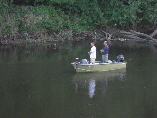 Jenison, Мичиган: fisherman
