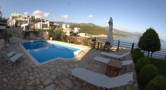 Luxury Apartments Pool swimming pool - picture of bella vraka luxury apartments, syvota