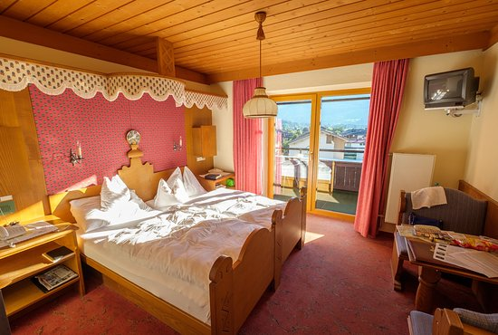 Hotel Jakobwirt: (Basic) double room (3rd floor)