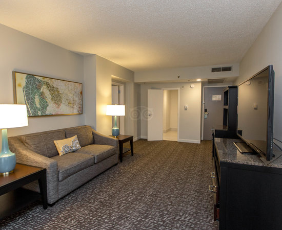 the two rooms suite at the hilton garden inn austin downtownconvention center - Hilton Garden Inn Austin Downtown