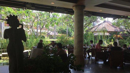 Nusa Dua Beach Hotel & Spa: photo5.jpg